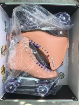 Moxi Beach Bunny Peach Roller Skates + Toe Guards Size 6