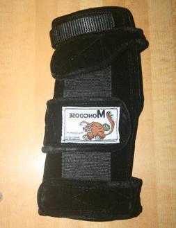 "Mongoose ""Optimum bowling Wrist Support Right hand, Medium,"