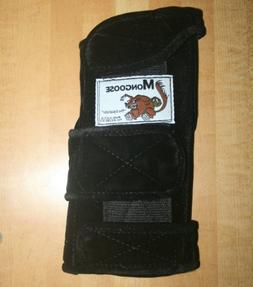 "Mongoose ""Equalizer"" Bowling Wrist Support Right Hand, Mediu"