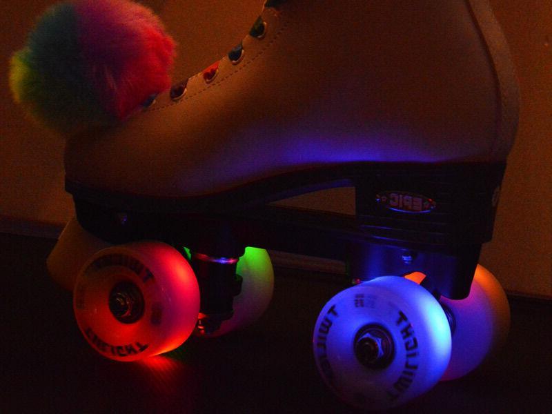 Epic Allure Skates w/ Twilight LED Light &