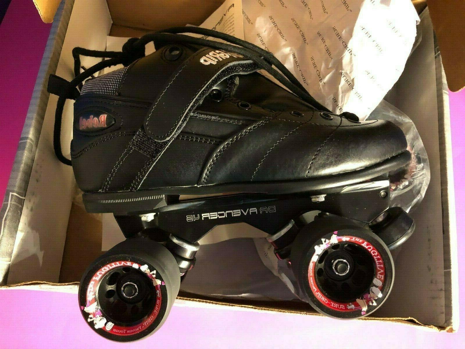 NEW BLACK ROLLER SKATES AVENGER