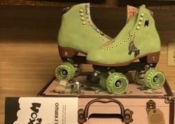 Moxi Lolly Roller Skates Honeydew Size 8!