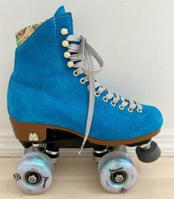 New Moxi Lolly Suede Roller Skates Pool Blue 6 Fits 7-8 Lumi