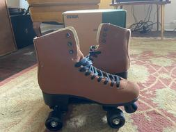 Roces Suede Classic Roller Skates excellent condition,never