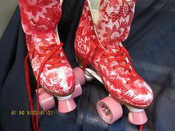 Women Floral Red & White Roller Skates sze 8, HEEL TO TOE 9