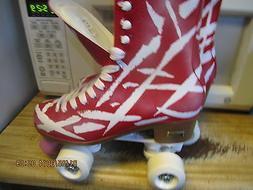 Women Red & White Roller Skates size 9,  heel to toe 10 3/16